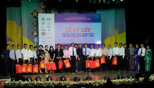 Trường Đại học văn hóa TP.HCM ký thỏa thuận hợp tác với 15 đơn vị trong những ngày đầu năm 2019