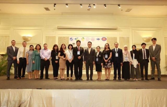 """Hội thảo quốc tế với chủ đề """"Đột phá số thức – Thời cơ và thách thức cho quản lý kinh doanh"""" tại Thái Lan."""