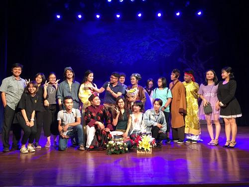 Sân khấu kịch Lệ Ngọc và những dấu ấn với sinh viên Văn hóa