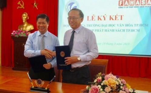 Lễ ký kết thỏa thuận hợp tác giữa Trường Đại học Văn hóa TP. Hồ Chí Minh và Cty cổ phần Phát hành sách TP. Hồ Chí Minh (FAHASA)