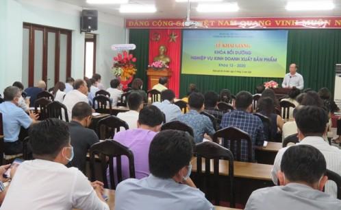 Khai giảng lớp Bồi dưỡng nghiệp vụ kinh doanh xuất bản phẩm - Khóa 12, năm 2020.