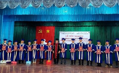 Lễ  bế giảng và trao bằng tốt nghiệp lớp đại học quản lý văn hóa khóa 2016-2019 hệ vừa làm vừa học tại tỉnh Tiền Giang