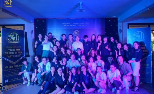 ART EVENT – Sinh viên năm ba và bước ngoặt cho những đôi cánh mới