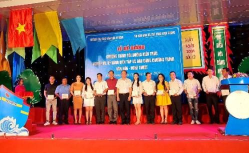 Bế giảng lớp tập huấn bồi dưỡng kiến thức nghiệp vụ, kỹ năng biên tập và dàn dựng chương trình văn hóa nghệ thuật, tỉnh Kiên Giang 2021
